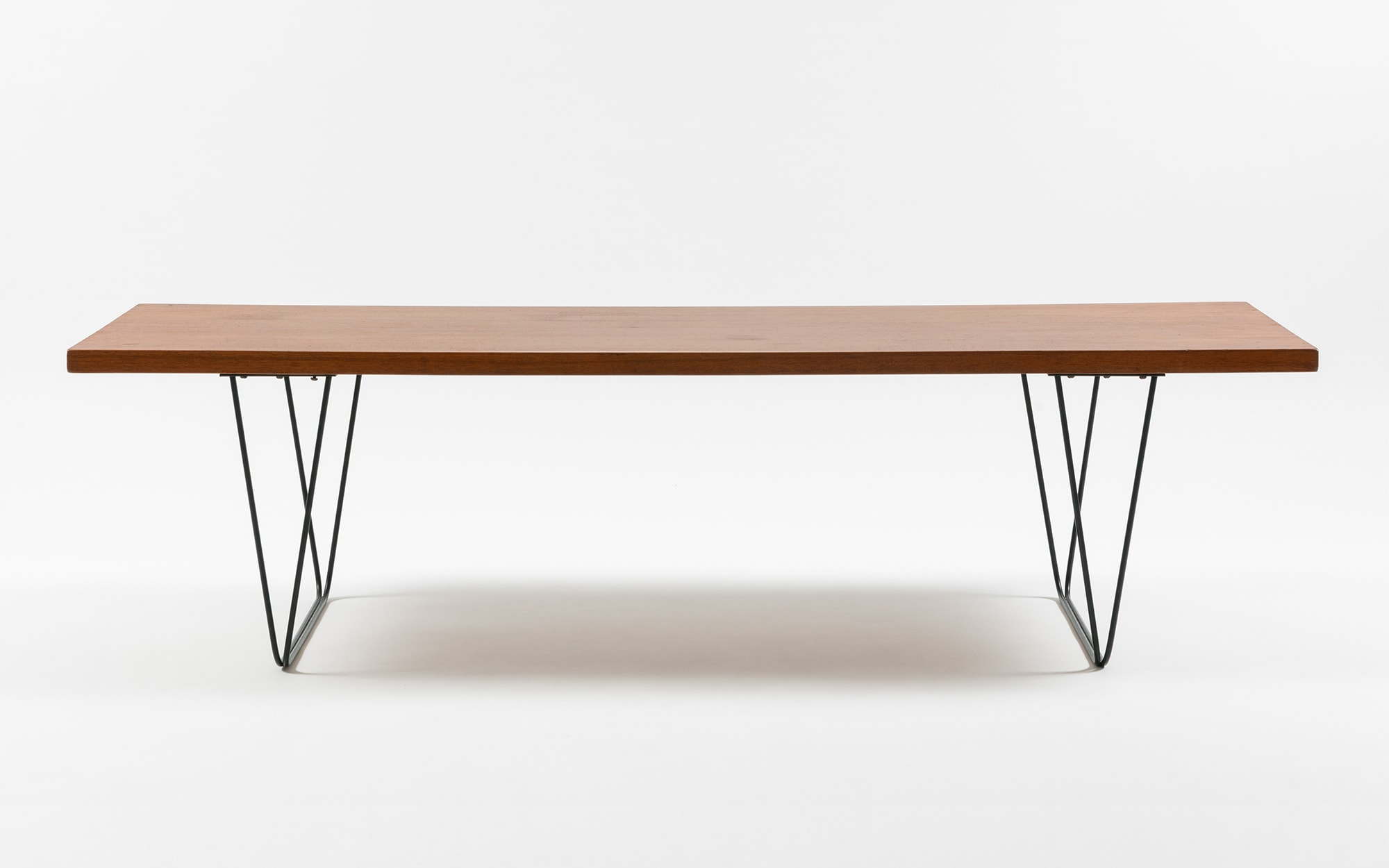 Pierre Paulin CM 191 coffee table
